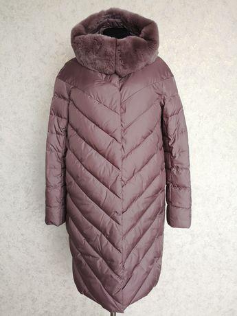 Зимний зимовий пуховик с капюшоном мех
