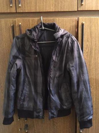 Курточка двухсторонняя, размер М