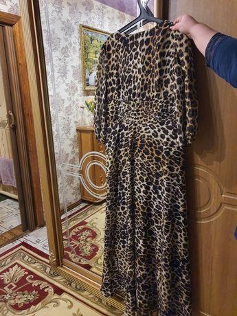 Платье тигоровое женское