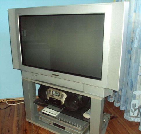 "Sony LCD 40""; TV Panasonic 29""; TV Philips 14"" i 21""; Thomson 15"""
