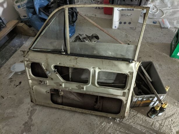 Syrena części drzwi silnik skrzynia szyby i inne