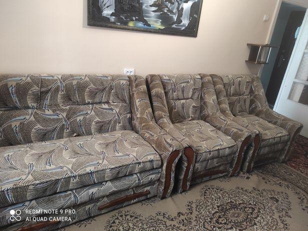 Набір меблів (диван+2крісла)