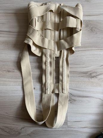 Gorset , sznurówka półsztywna z podpaszkami