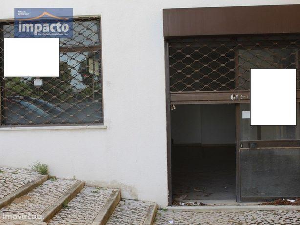 Loja 132 m2, Quinta da Grinja, V F Xira