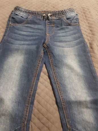 Spodnie jeansy rozm 134
