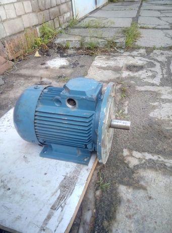 Электродвигатель 3квт 1425об/мин Асинххронный