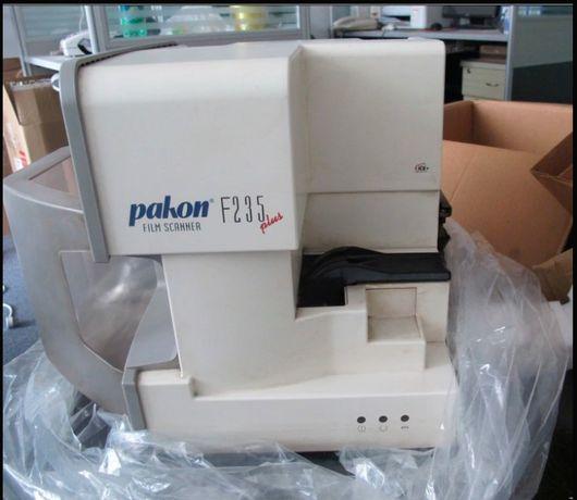 Scanner Pakon 235