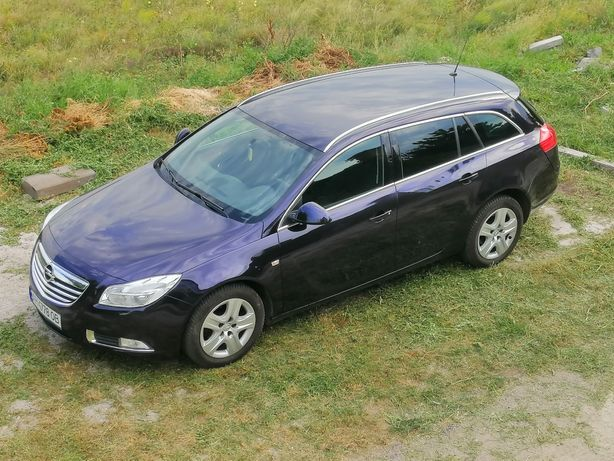 Срочно. Opel Insignsa  2011г.