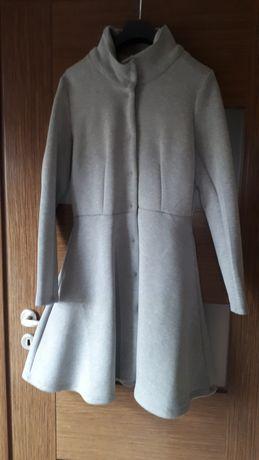 Płaszczyk, płaszcz  dresowy, rozkloszowany M L