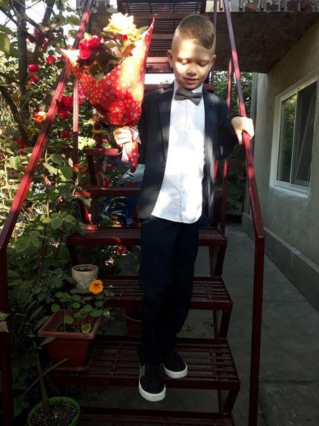 Школьный костюм M&S