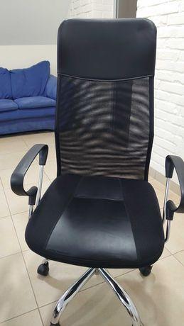 Продам офісну мебель