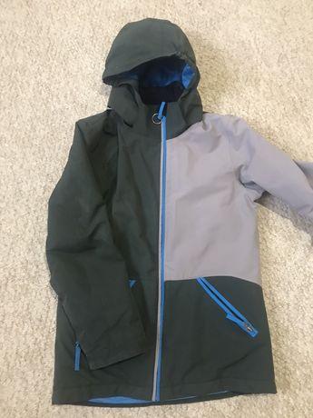 Продам осіння куртка