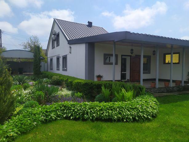 Частный двухэтажный дом от собственника