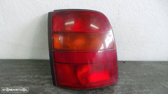 Farolim Esquerdo Nissan Micra Ii (K11)
