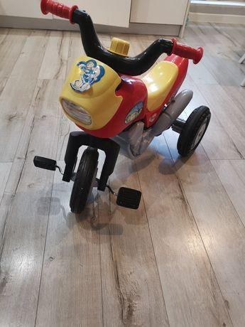 Motorek trójkołowy dla dziecka