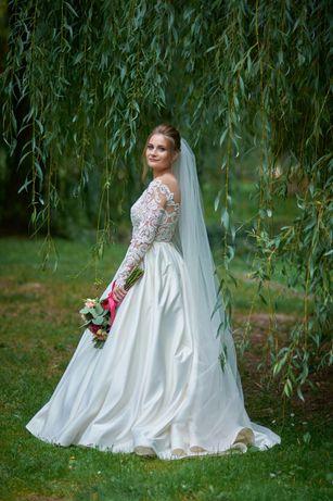 Продається плаття весільне