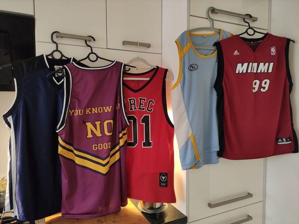 Koszulki do koszykówki. Zestaw.
