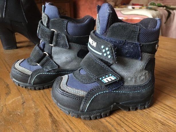 Дитяче зимове взуття на цегейці