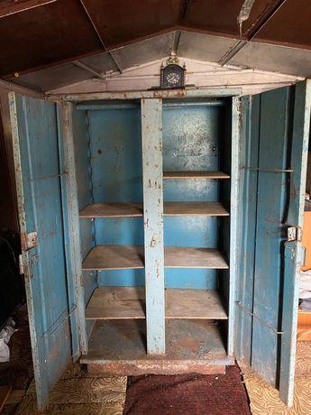 Железный шкаф на стройку либо в гараж