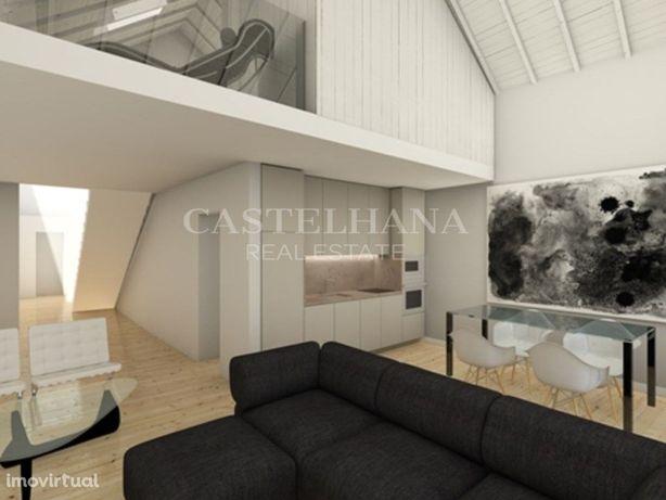 Apartamento T3 duplex no centro histórico de Setúbal