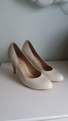 Buty Pier One białe skórzane - obcas 8cm