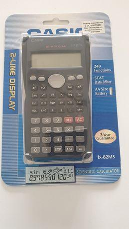 Máquina calculadora científica CASIO nova