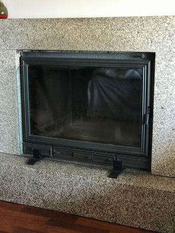 Protetor de lareira ou recuperador de calor