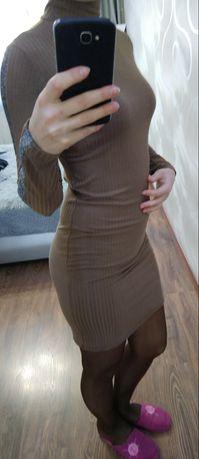 Платье с лампасом