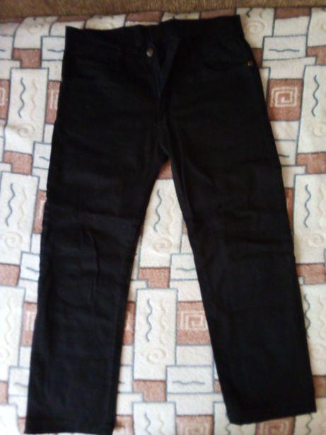Чорні котонові штани на хлопчика 6-7-ми років