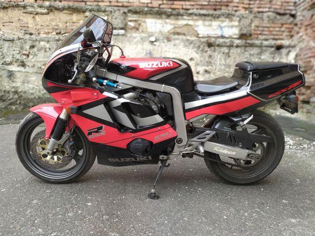 Продается Suzuki GSXR 400
