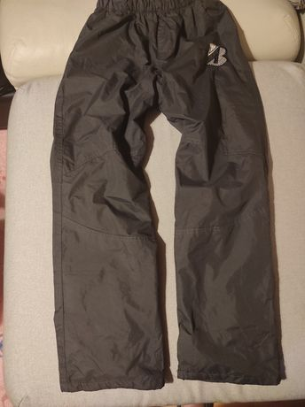 Spodnie ocieplane na narty i sanki 146/152