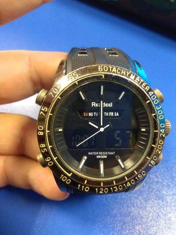 Часы Readeel с подсветкой