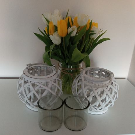 Lampiony wiklinowe białe z drewnianymi uchwytami plus GRATIS