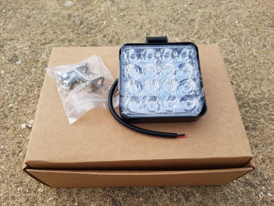 Farol de trabalho quadrado, LED , 16 LEDS, 48W - Novo