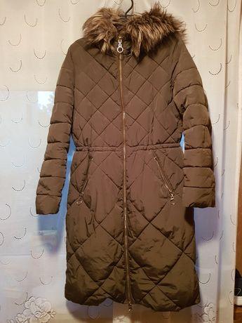 Płaszcz zimowy Reserved 38