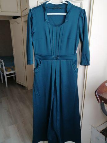 Сукня довга 42 р