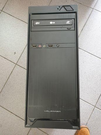 Computador PC torre , teclado, rato e monitor