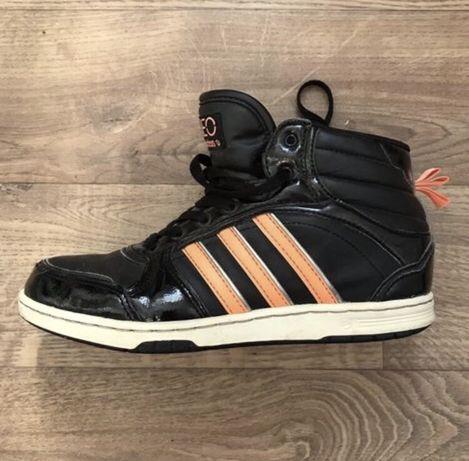 Демисезонные женские кросовки Adidas