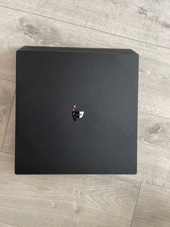 Vendo Playstation 4 Pro - 1TB - Garantia 04/2022