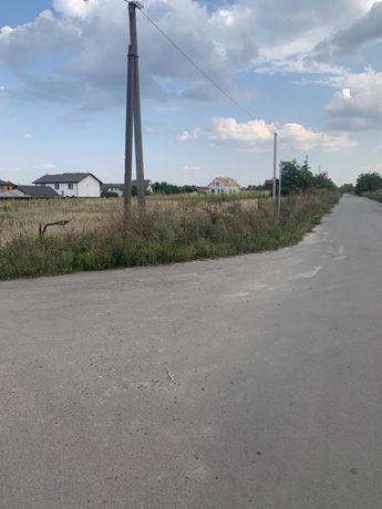 Продам участок 8 соток в Новых Петровцах