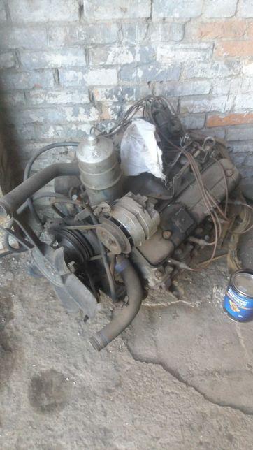 Двигатель и кпп Газ 3307