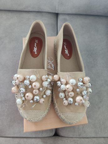 Espardyle z perłami 39 wkładka 24,5 beżowe