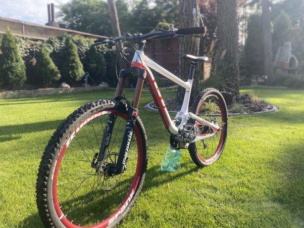Rower enduro/dh (carbon GT Helion expert)