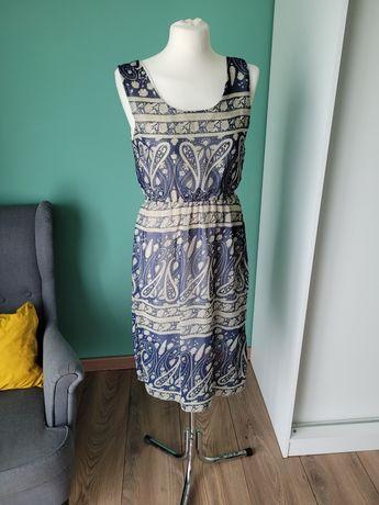 Letnia zwiewna sukienka