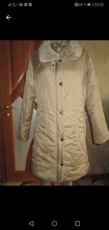 Пальто женское деми.