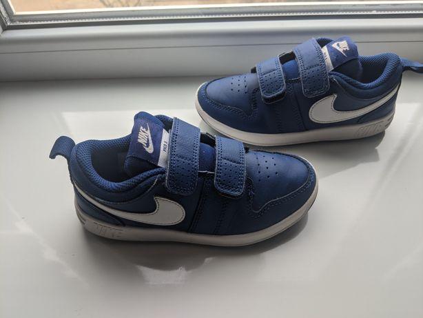 Детские кроссовки Nike розмер 28 состояние отличное