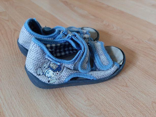 sandały sandałki 23 dziecięce