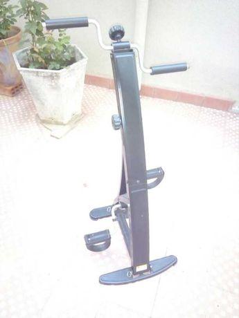 Bicicleta fixa de recuperaçao e manuetnção de braços e pernas