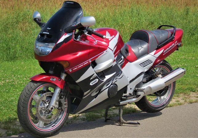 Honda CBR 1000 F cała w oryginale, doinwestowana!!!