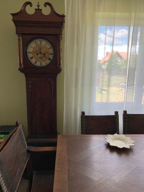 Stary zegar stojący